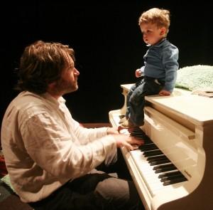 Large_35Le-piano-voyageur-c-JDC-Pictures